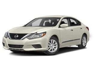 New 2017 Nissan Altima, $25300