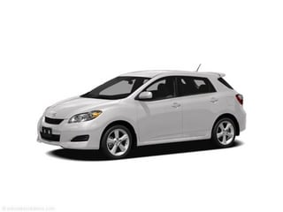 2011 Toyota Matrix Hatchback Alpine White
