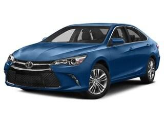 2017 Toyota Camry Berline Éclair bleu métallisé
