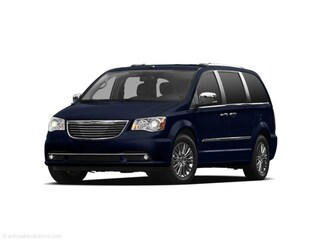 2011 Chrysler Town & Country Touring Van Passenger Van