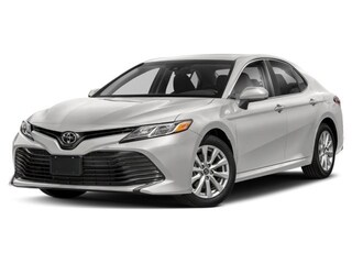 2018 Toyota Camry 4-Door Sedan LE 6A Berline