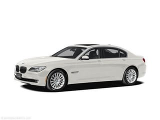 2012 BMW 750i xDrive Sedan Alpine White