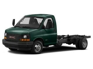 2017 GMC Savana Cutaway Truck Woodland Green