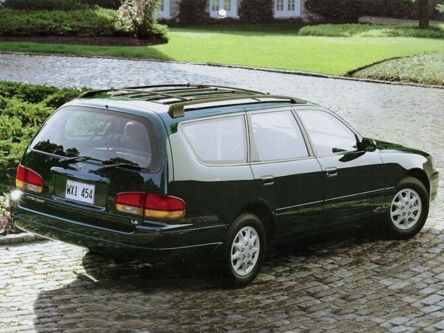 1995 toyota camry le std is estimated wagon photos j d power. Black Bedroom Furniture Sets. Home Design Ideas