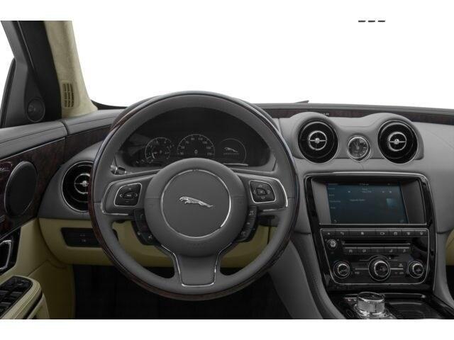 2016 Jaguar XJL Sedan