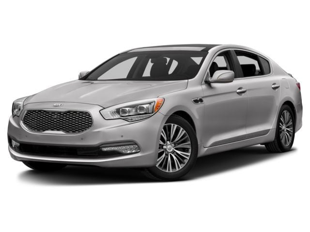 2016 Kia K900 luxury sedan