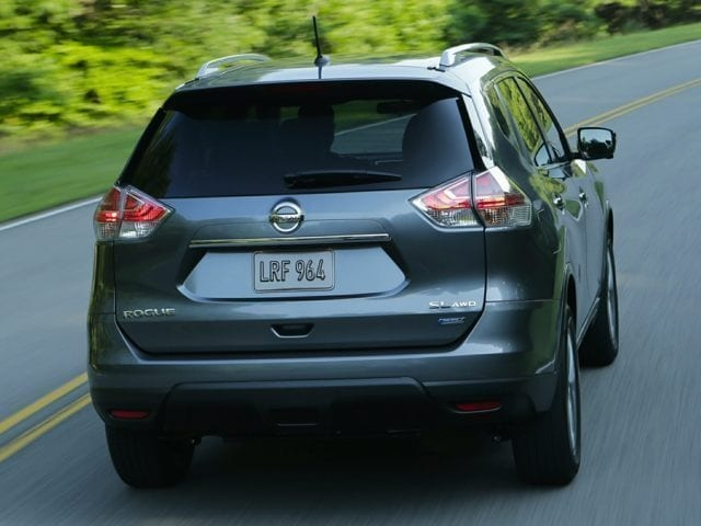 Back view of the Nissan Rogue for sale in North Aurora, IL.