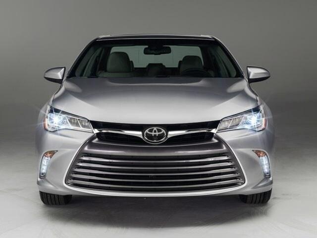 2016 Toyota Camry XLE V6 Sedan