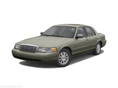 2003 Ford Crown Victoria Sedan