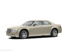 2005 Chrysler 300C Base Sedan