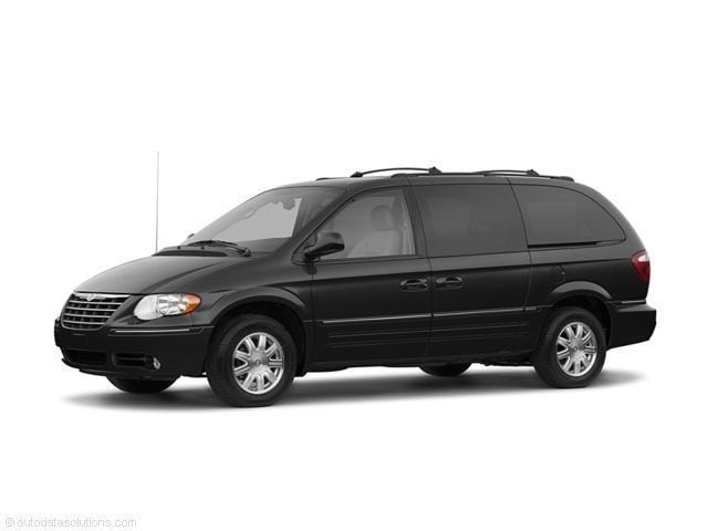 2005 Chrysler Town & Country 4d Wagon Touring