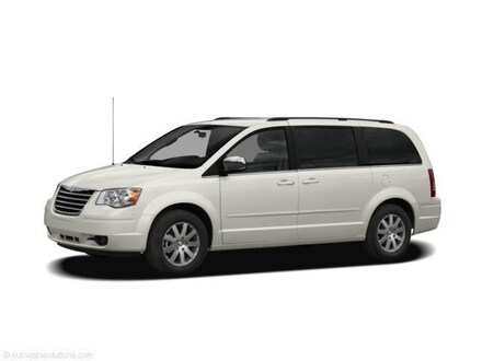 2008 Chrysler Town & Country Touring Mini-Van