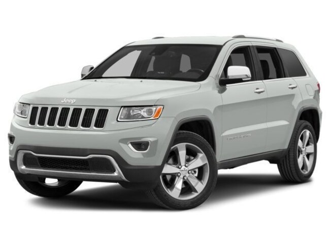 Used 2015 Jeep Grand Cherokee Laredo 4x4 SUV for sale in the Brunswick, OH