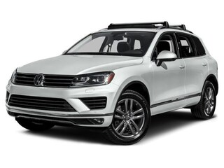 2016 Volkswagen Touareg VR6 Executive 4MOTION SUV *NEW DEMO*