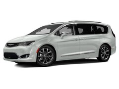 2017 Chrysler Pacifica Touring Van 2C4RC1DG2HR782363 for sale in Effingham, IL at Goeckner Bros., Inc.