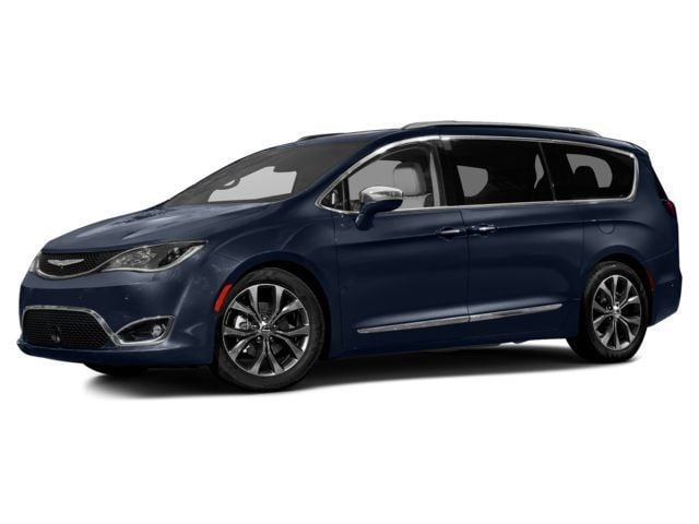 New 2017 Chrysler Pacifica Limited Van in Kokomo