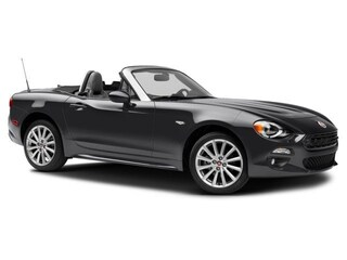 New 2017 FIAT 124 Spider Lusso Convertible near San Francisco