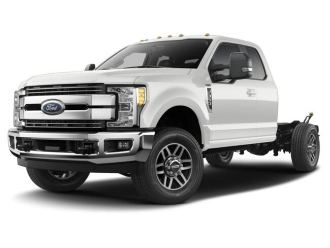 2017 Ford Super Duty F-350 SRW XL 2WD Supercab 168 WB 6