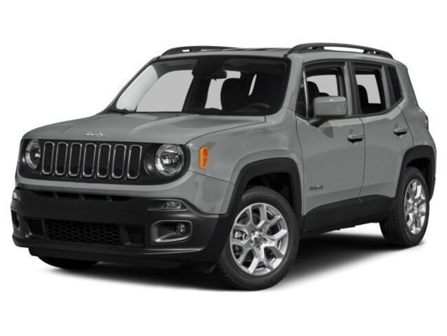 New 2017 Jeep Renegade Latitude 4x4 SUV J91074 Woodhaven, MI
