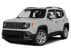 New 2017 Jeep Renegade Latitude 4x4 SUV in Woodhaven, MI