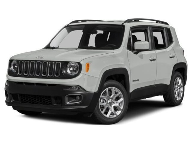 New 2017 Jeep Renegade Latitude 4x4 SUV for sale in Fort Dodge, IA