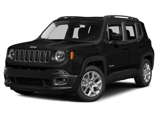New 2017 Jeep Renegade Latitude 4x4 SUV J91067 Woodhaven, MI