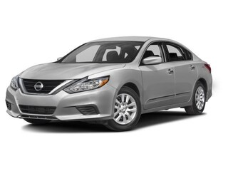 New 2017 Nissan Altima 2.5 Sedan N480125 in Conway, AR