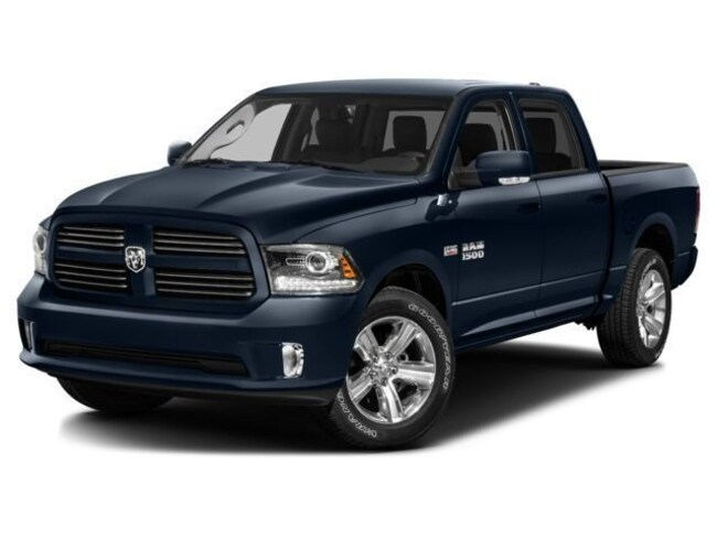 New 2017 Ram 1500 Express Truck Crew Cab for sale in the Brunswick, OH