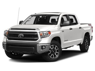 New 2017 Toyota Tundra SR5 5.7L V8 w/FFV Truck CrewMax for sale in Southfield, MI at Page Toyota