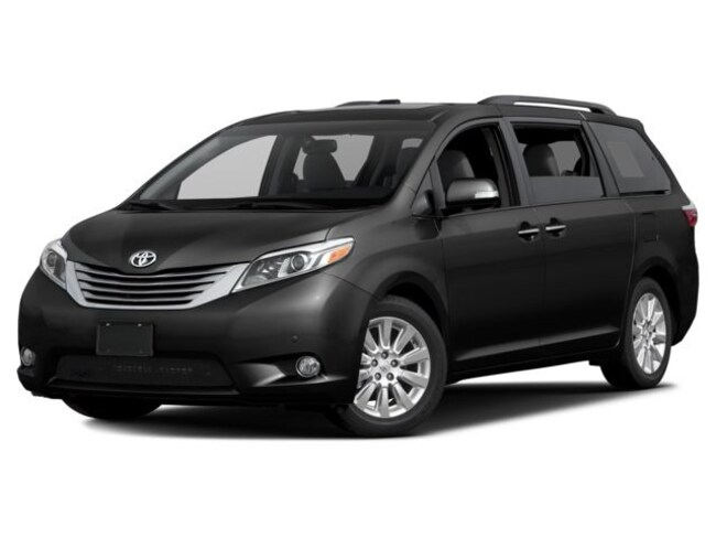 New 2017 Toyota Sienna XLE 8 Passenger for sale in the Brunswick, OH
