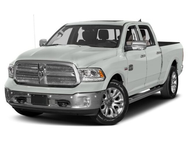 New 2018 Ram 1500 Limited Truck Crew Cab in Redford, MI near Detroit