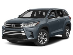 New 2018 Toyota Highlander LE V6 SUV 941918 in Chico, CA