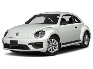 New 2018 Volkswagen Beetle 2.0T SE Hatchback 3VWJD7AT2JM701046 for sale in Huntington Beach, CA at McKenna 'Surf City' Volkswagen
