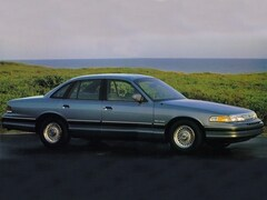 1994 Ford Crown Victoria LX Sedan