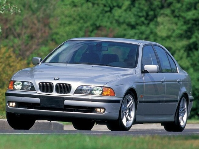 2000 BMW 5 Series 528iA Mid-Size Car