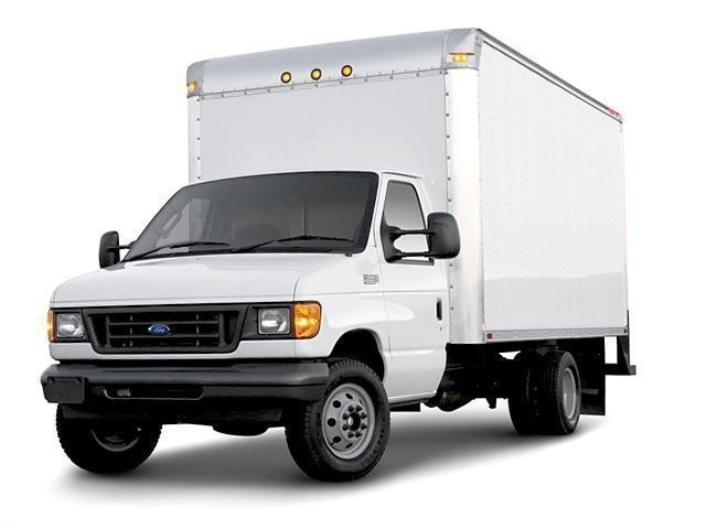 2006 Ford E-450 Commercial Cutaway Van E-450 Super Duty 158 WB DRW