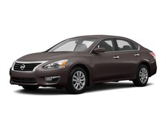 2015 Nissan Altima 2.5S Sport DIS/Audio Sedan