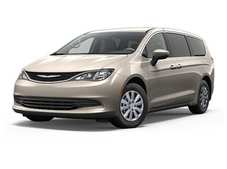 New 2018 Chrysler Pacifica L Van in Sarasota, FL