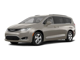 New Dodge Chrysler Jeep RAM 2018 Chrysler Pacifica Touring L Plus Van 2C4RC1EG1JR136462 in Scranton, NJ
