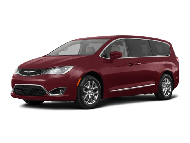 New 2018 Chrysler Pacifica Touring Plus Van for sale in the Brunswick, OH