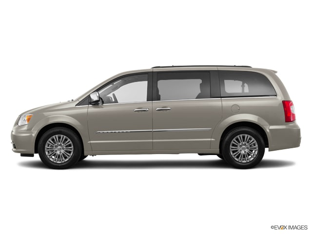 New 2016 Chrysler Town & Country CHRYSLER TOWN & COUNTRY TOURING-L Van LWB Passenger Van near Minneapolis & St. Paul MN