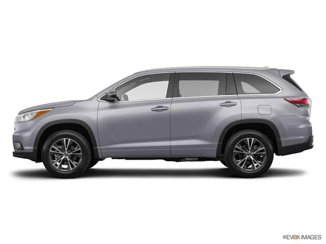 New 2016 Toyota Highlander, $36864