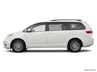 New 2017 Toyota Sienna LE 8 Passenger Van T174332 in Brunswick, OH