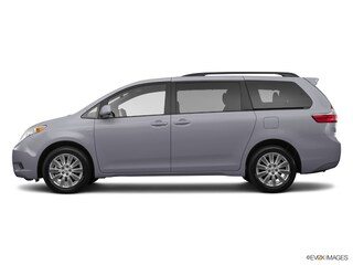 New 2017 Toyota Sienna LE 8 Passenger Van T174323 in Brunswick, OH