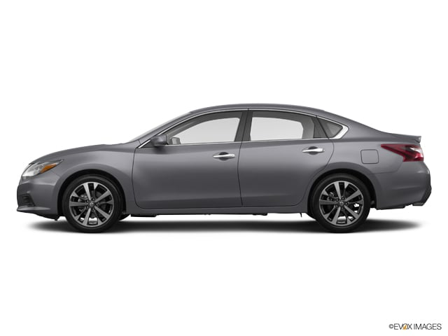 2017 Nissan Altima 2.5 SR w/Leather Sedan