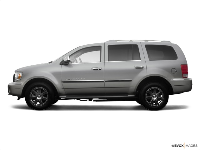 Used 2009 Chrysler Aspen AWD  Limited Springfield OH