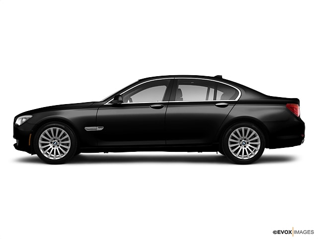 2011 BMW 7 Series 4d Sedan 750Li xDrive