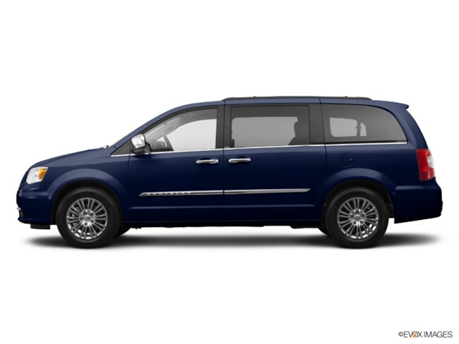 2014 Chrysler Town & Country Touring-L Passenger Van