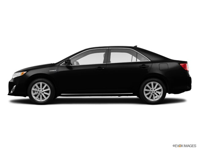 2014 Toyota Camry Hybrid XLE Sedan For Sale in Swanzey NH