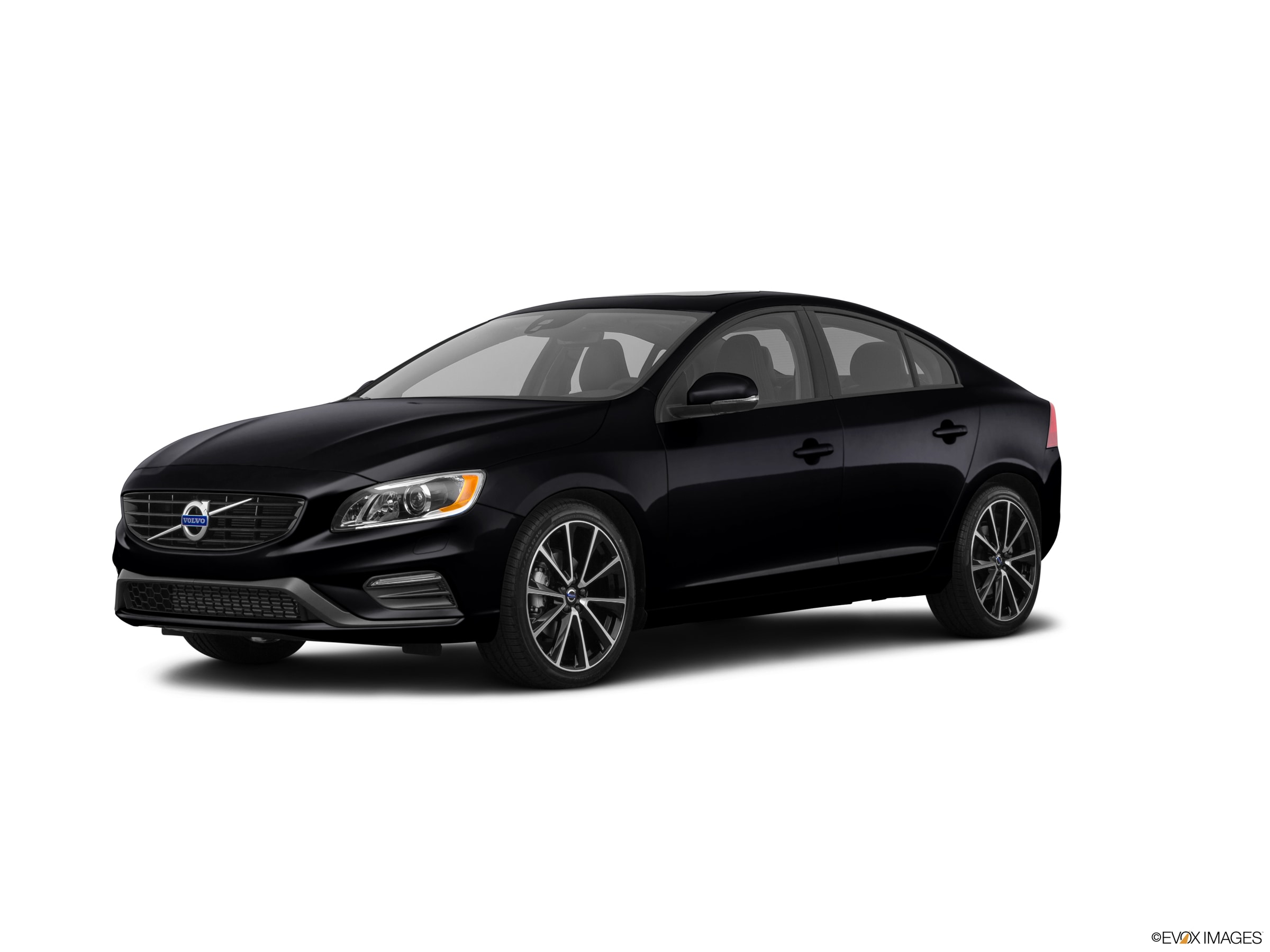 Pre-Owned 2018 Volvo S60 T5 FWD Dyna Dynamic